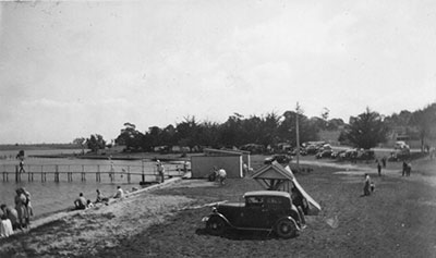 Paynesville foreshore and Progress Jetty 1940s